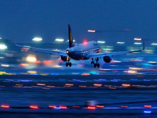 Ask the Captain: How pilots execute safe descents and landings