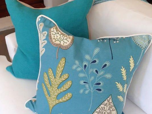 Pillow Talk Small Ways To Toss E Into Any Room Decor