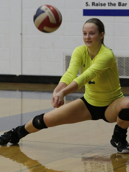 636433611027710579-OSH-Oshkosh-West-v-Appleon-North-Volleyball-101017-JS-0035B.jpg