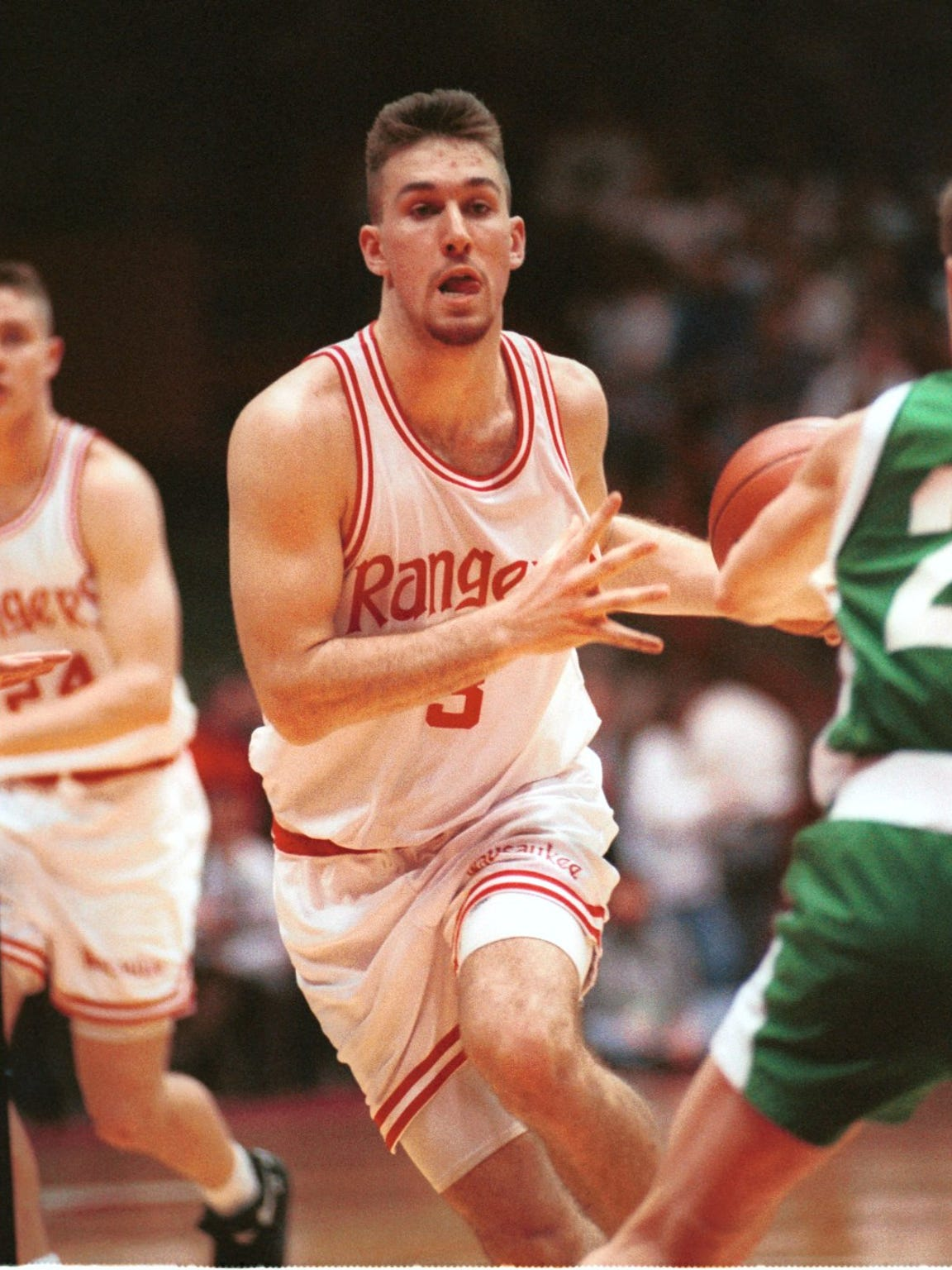 Wausaukee's Anthony Pieper Pieper outdueled Cassville's Sam Okey in the 1993 WIAA Division 4 boys state basketball championship. Pieper finished with 42 points and Okey scored 33 as Wausaukee beat Cassville 69-57.