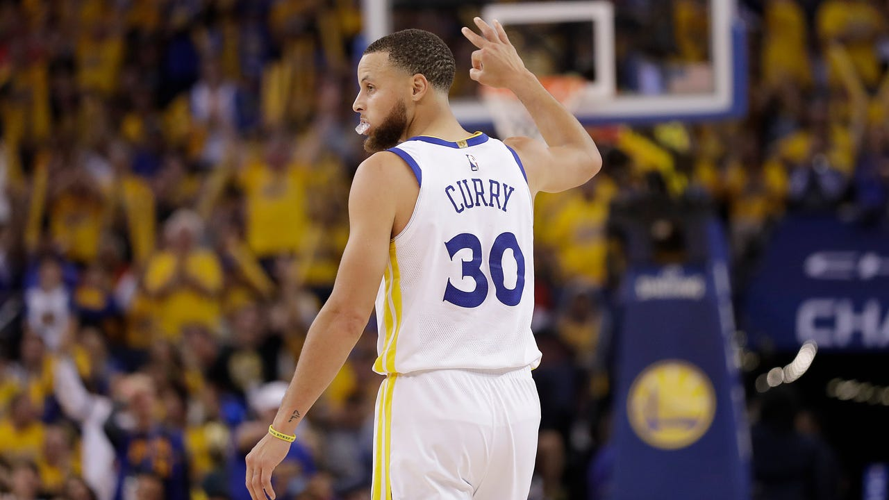 Steph Curry erupts as Warriors demolish Rockets in Game 3