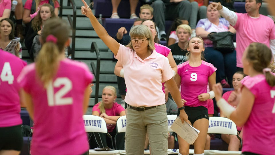 Lakeview head coach Heather Sawyer signals to her players