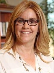 Ann Lively, a Rodel Exemplary Teacher, teaches fifth-