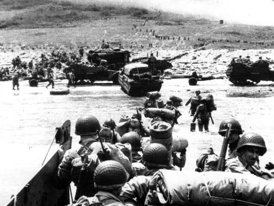 WWII U.S. D DAY LANDING