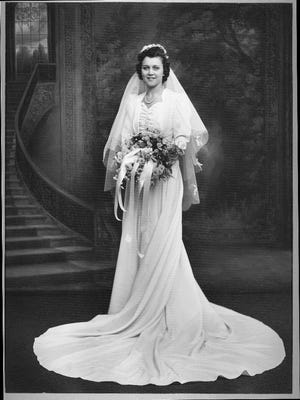 The dress and wedding story of this 1944 bride will be featured at the wedding dress exhibition.