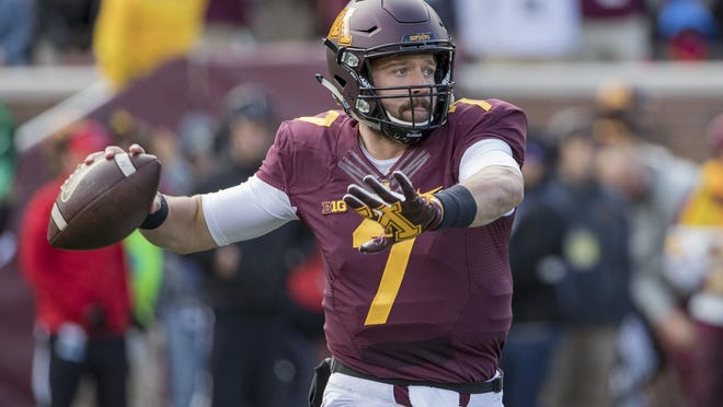 Minnesota Golden Gophers quarterback Mitch Leidner (7) drops back for a pass in the first quarter Saturday against the Iowa Hawkeyes at TCF Bank Stadium in Minnesota.