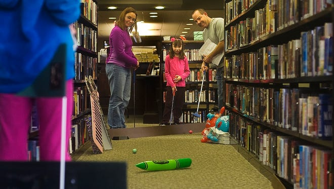 The Guthrie Memorial Library will hold its Putting for Patrons fundraiser on Nov. 27.