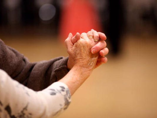 dancing-waltz_generic_1424390912516_13478390_ver1.0_640_480.jpg