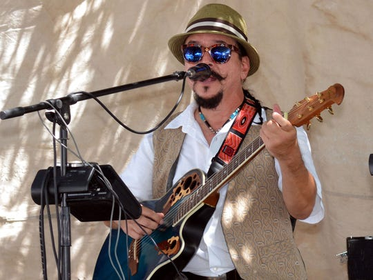 Local musician Randy Granger provided some live entertainment