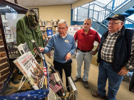 U.S. military veterans Jim Resh (left), Daniel Wandersee