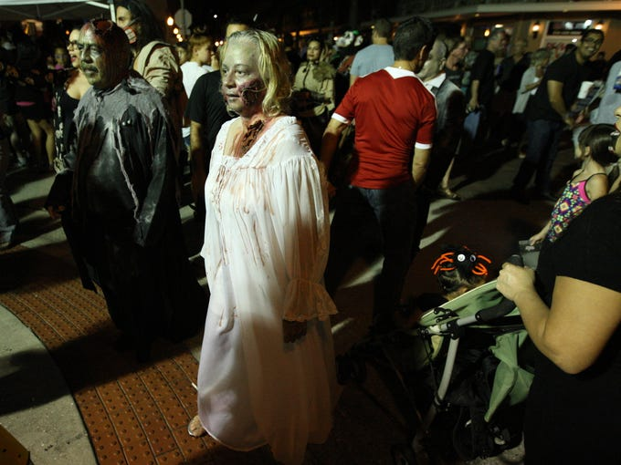 Thousands turned out Saturday for Zombicon in downtown