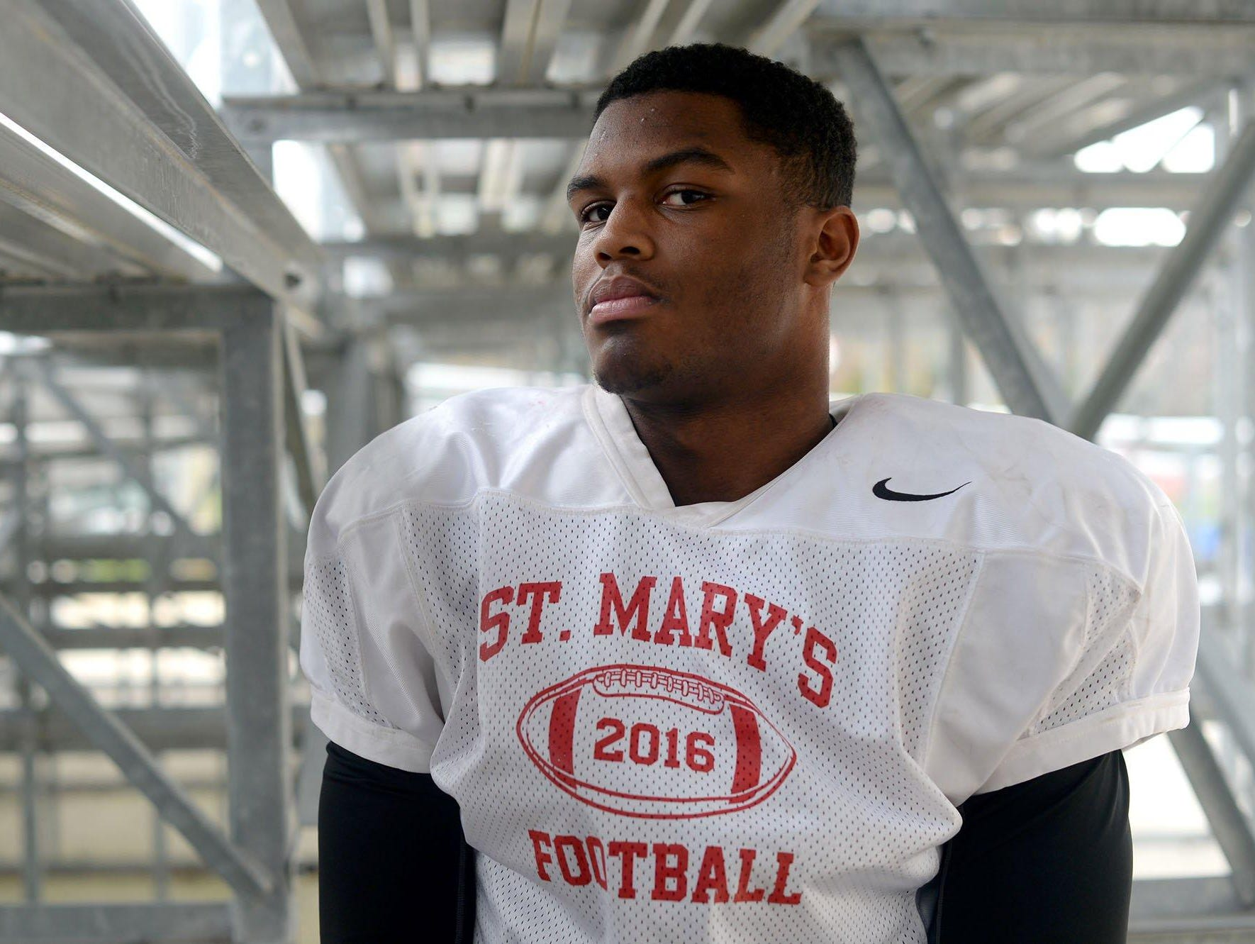 Josh Ross hopes to lead Orchard Lake St. Mary's to a third straight state title. Like his older brother James, Josh plans to attend U-M.