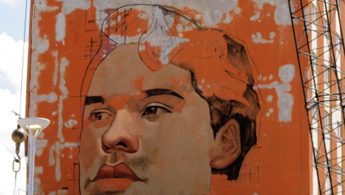 Juan Gabriel Immortalized In Giant Mural In Ju Rez