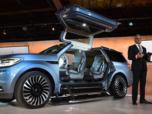 Lincoln President Kumar Galhotra introduced the Lincoln