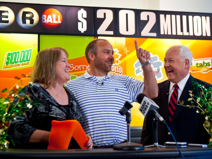 A winning Powerball ticket worth a gross of $202.1 million was claimed by an Iowa couple, Mary and Brian Lohse in the fall of 2012. Mary works at Mercy Hospital in Des Moines. Brian works at EMC Insurance. The couple lives in Bondurant.