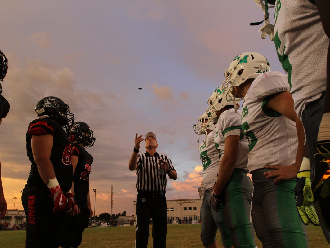 The Fort Myers High School Green Wave traveled to South Fort Myers High School Friday, September 16, for a prime-time match-up against the Wolfpack. The final score was Fort Myers 16, South Fort Myers 18.