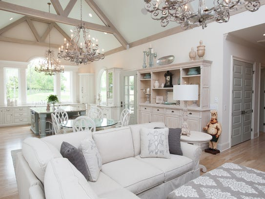 One level living can be elegant. The living area of