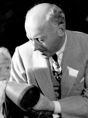 The correct response: Who isCecil B. DeMille?