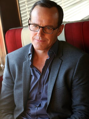Hot on the trail of the Clairvoyant, Clark Gregg's character, Coulson, and his team board a mystery train.