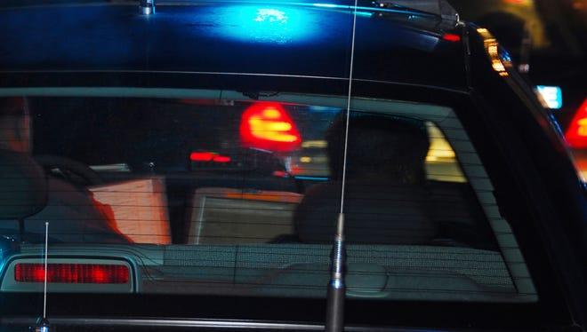 stockimage Presto, icon, logo, news, crime, breaking, police, law enforcement, arrest, cruiser, car, light bar
