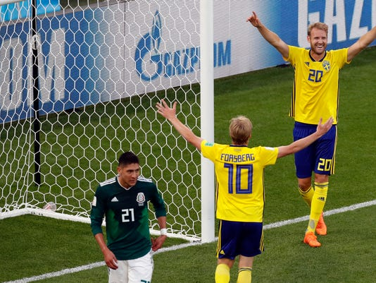 Russia_Soccer_WCup_Mexico_Sweden_71184.jpg