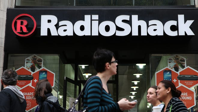 A court order allows customers who purchased gift cards from RadioShack stores, RadioShack.com or any authorized retailers may now file claims for unused  funds.
