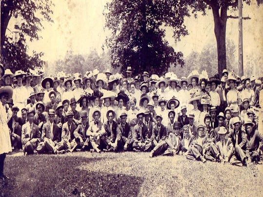 Members of the Shenandoah Sunday school, circa 1900,