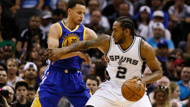 Kawhi Leonard is gaining ground in the MVP race, behind Golden State Warriors point guard Stephen Curry.