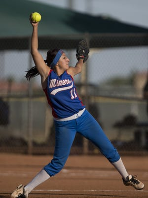 San Manuel's Lyana Waddell, shown here pitching in 2014''s D-IV state championship, was solid in the semifinal on May 9, 2015, in Phoenix