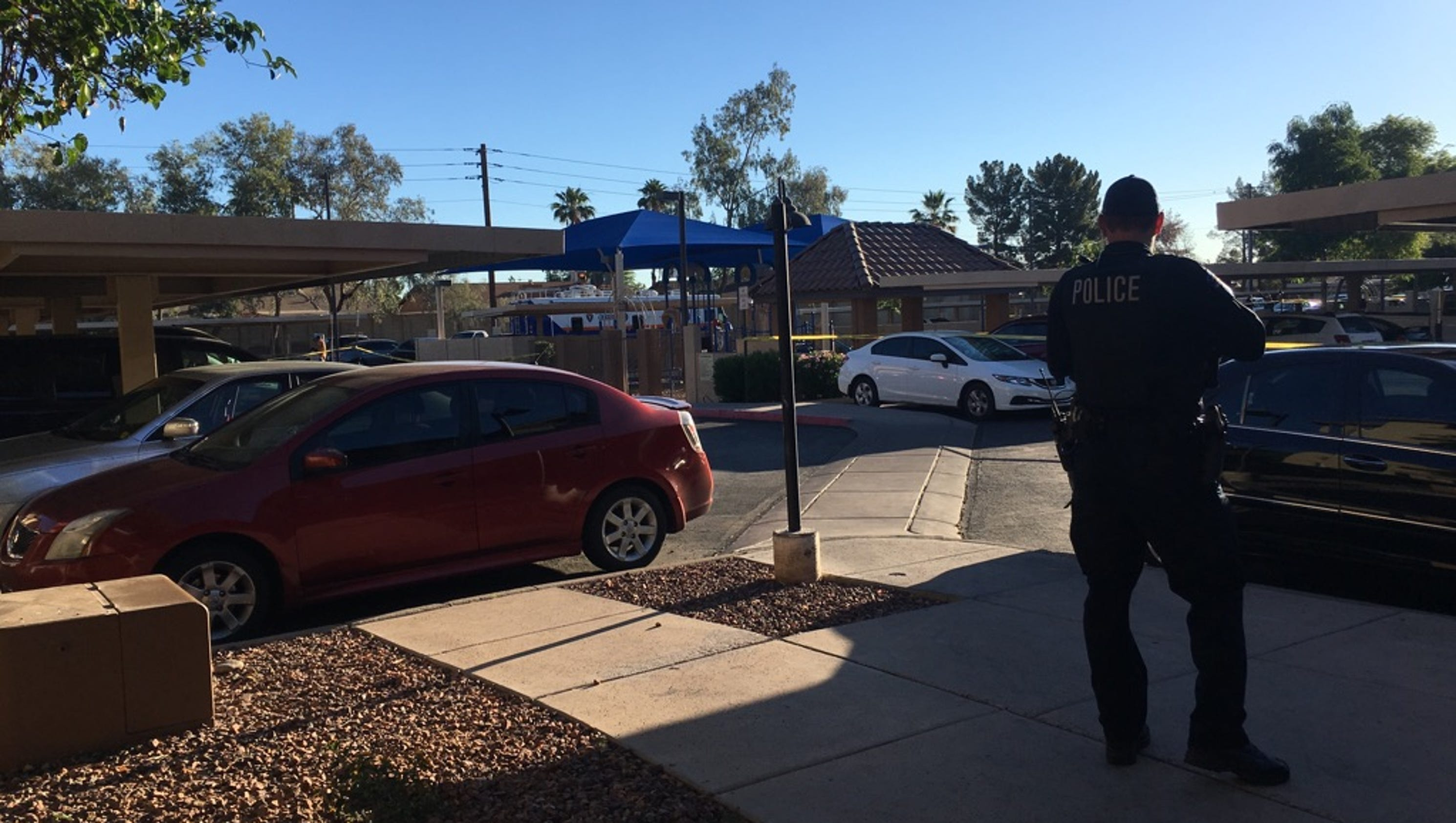 Police Id 2 Shot Dead Sitting In Car At Tempe Apartments