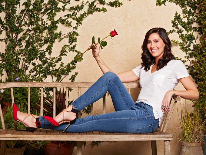 """Bachelor"" Season 13 contestant Becca Kufrin, 28, may"