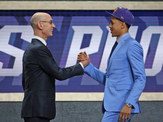 NBA_Draft_Basketball_80876.jpg