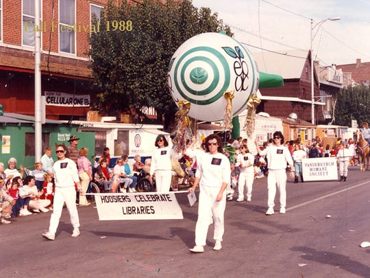 Library entry in West Side Nut Club Fall Festival Parade 1988.