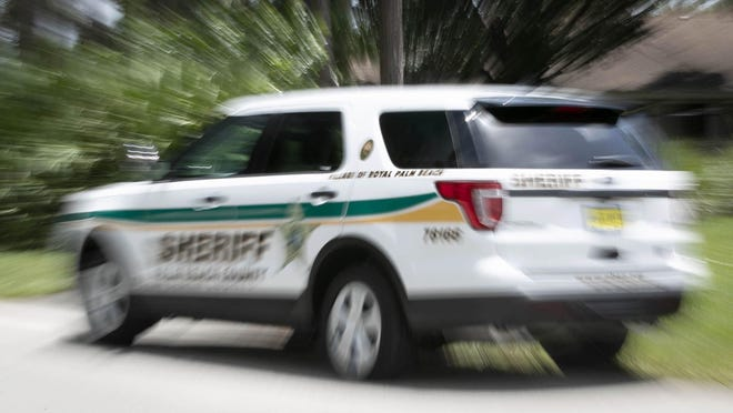 Royal Palm Beach subcontracts the Palm Beach County Sheriff's Office for police protection.