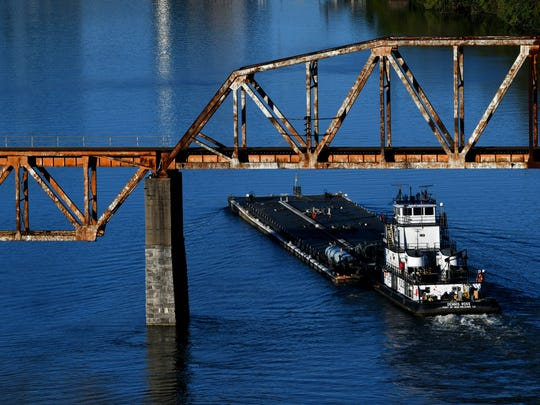 The towboat Dennis Ross, from Port of New Orleans,