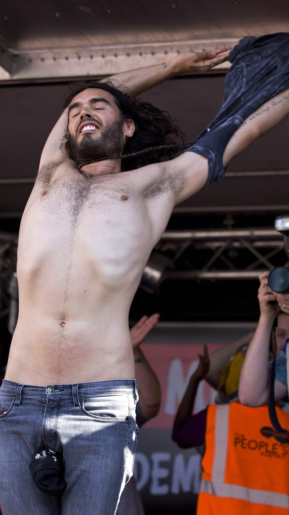 Russell Brand Naked Pictures 50