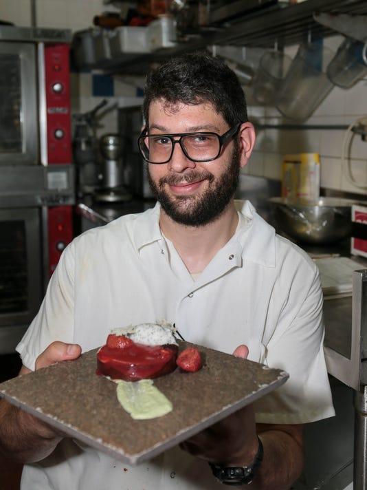 636051735399852215-EST-Chef-004-6.JPG