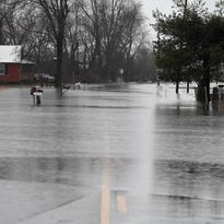 Flood fears rise as wicked storm system tears across southern, central U.S.