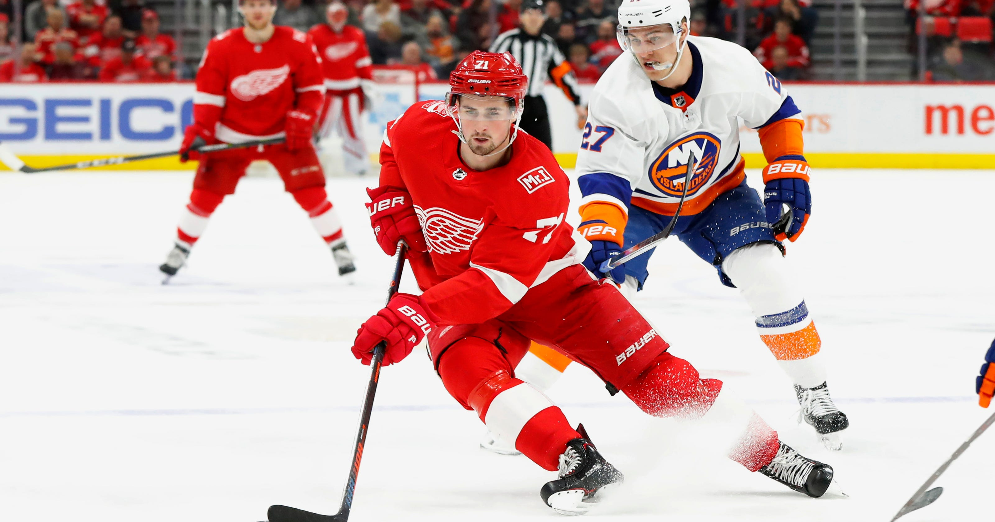 c1bc20af344 Dylan Larkin re-signs with hometown Red Wings in 5-year deal
