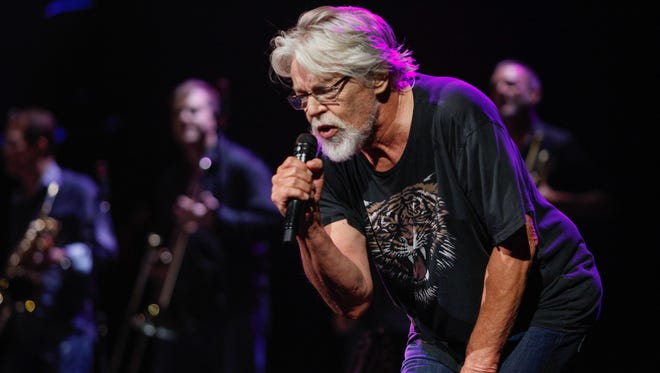 "Bob Seger performs ""Tryin' to Live My Life Without You"" before a sold-out Palace crowd."