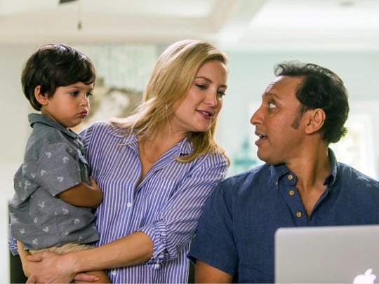 Kate Hudson and Aasif Mandvi are a mixed race couple
