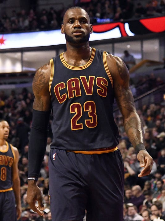 0cebdbaef USP NBA  CLEVELAND CAVALIERS AT CHICAGO BULLS S BKN CHI CLE USA IL. LeBron  James ...