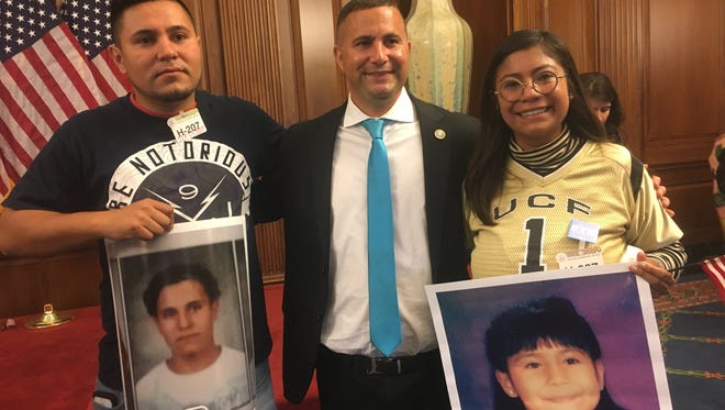Karen Caudillo, sporting a University of Central Florida jersey, in Washington, D.C., with Congressman Darren Soto.