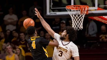 Iowa takeaways: Moss takes message to heart, Bohannon quietly sits and lessons from the road