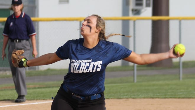 Carly Wagers relieved Kacey Smith in Williamsburg's 12-4 win against Georgetown in 2016.