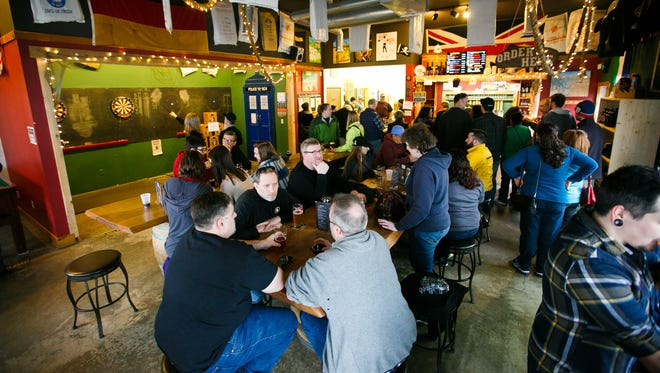 Santiam Brewing will soon have an in-house kitchen and a menu by Chad Lewis of Chad's Smokin' BBQ.