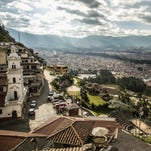 Tourists, retirees head to Cuenca, Ecuador