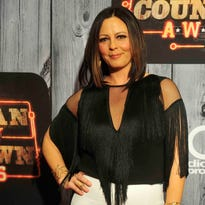 Sara Evans' Facebook rant gets more than 130,000 likes and thousands of shares.