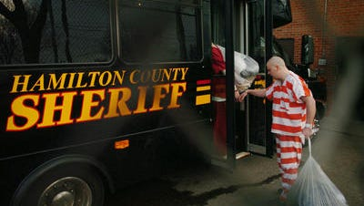 The last inmates leave Queensgate Correctional Facility on Dec. 20, 2008