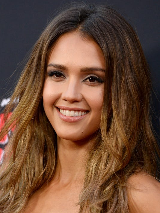 PNI 0822 jessica alba interview.jpg